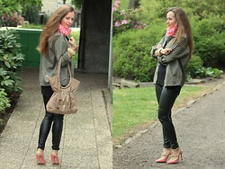 Rimanere Nella Memoria - Vila Jacket, H&M Pants, Zara Bag, Shoes - Touch of Neon