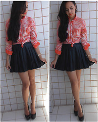 Manoela Pontes -  - Orange Plaid