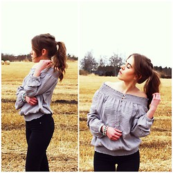 Carolina F -  - OFF-SHOULDER