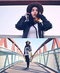 2 in da House . - Topshop Hat, Replay Leather Jacket - Elsa & Eleven Paris