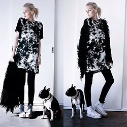 Holly Waanderland - Chip Chop Shift Dress, Evil Twin Cardigan, Converse Sneakers - Puppy Love