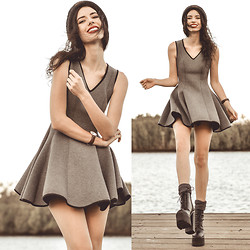 Elle-May Leckenby - Grey Stretch Scuba Dress - Scuba