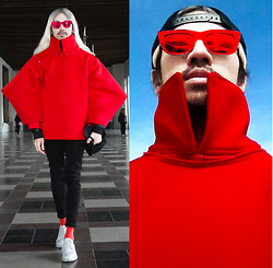 Andre Judd - Renan Pacson Red Neoprene Jacket With Detachable Collar And Sleeves - CATCHING FIRE