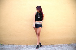 Christine Hsu - Joah Brown Tank, Brandy Melville Usa Shorts, Forever 21 Wedges - F R I D A Y !