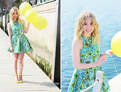 Kaylee Giffin - Zafira Apparel Dress, Call It Spring Sandals - UP