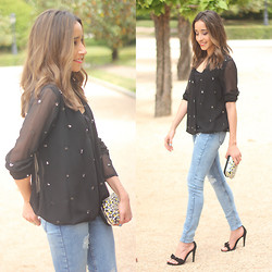 Besugarandspice FV - Zara Blusa, Zara Jeans, Mango Sandals - A Few Sequins Are Never Wrong