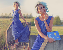 Alanna Durkovich - Darling Clothes Tallulah Maxi Dress, Poppy Lissiman Starry Night Clutch, Amiclubwear Iridescent Heels - All 'Bout Blue