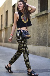 Melissa Cabrini - Zara Pants, Marni Sandals, Moschino Bag, Alexander Mcqueen Bracelet - Fashion outfit with dotted pants