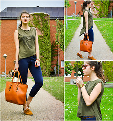Cerasela Bortos - Big Bag, Zara Suede Shoes, Primark Top, H&M Trousers, Softech Watch - Brownish