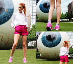 Ebba Zingmark - Tommy Hilfiger Shirt, Sheinside Shorts, Puma Socks, Nike Sneakers - Across the street from the Joule