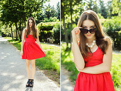 Emma Istvanffy - Chicnova Red Dress, Vagabond Sandals, Frontrowshop Pearl Necklace, Zerouv Sunnies - Little Red Dress