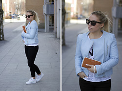 Ida Gabrielsson - Zara Leather Jacket, Acne Studios Jeans, Nike Sneakers, Zoul T Shirt, Acne Studios Wallet, H&M Sunglasses - NOº1