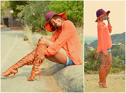 Precious Gilbert - Vintage Top Hat, Lolashoetique Gladiator Sandals - Orange is the new black