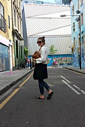 Angharad Jones - Primark Sunglasses, Hermës Scarf, Zara Coat, Zara Clutch, Forever 21 Jeans, Asos Flats - Lunch bag