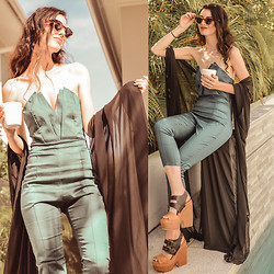 Elle-May Leckenby - Sheinside Green V Neck Jumpsuit - Tropical