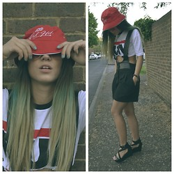 Kriste Mima - Topshop Shorts, Rokit, London Bucket Hat, Topshop Sandals, Primark Run Dmc Dope Shirt - Oldschool tomboy