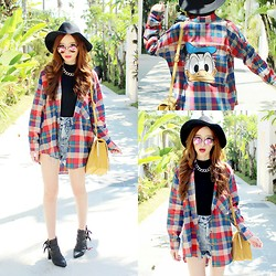 Elle Yamada - Gowigasa Donald Duck Plaid Shirt, Jeffrey Campbell Black Boots - DONALD