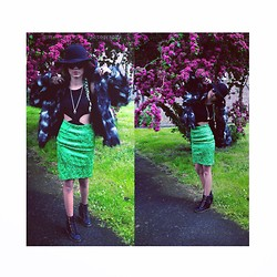 Kriste Mima - Asos Fur Coat, Topshop Boots High Heels, River Island Green Retro Skirt, Topshop Hat - Spring break dealer