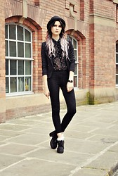 Claudia Michon - Primark Shirt, H&M Jacket, Topshop Jeans, Truffle Shoes, H&M Hat - Fantasy