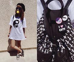 Marie - Hot Topic Yin Yang Cat T Shirt, Forever 21 Bowler Hat, Hot Topic Cross Backpack, H&M Cat Buttons - CATTASTIC!