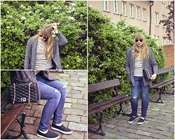 Mary Kate K. - Levi's® Ripped Jeans, F&F Slip Ons, Mango Coat, Zara Bag On Chain, Promod Blouse With Stripes - Jack The Ripper