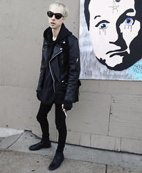 Matt Geer - Salvation Army Xxl Pullover Hoodie, Leather King Brit Style Moto Jacket - ♦♦misery♦♦