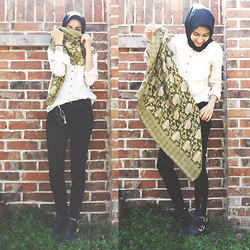 Hoda K - Anchal Project Didi Scarf, Zara Cream Blouse, Zappos Cut Out Ankle Boots - JooJoo Azad x Anchal Project