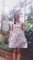 Chloe Ruth - Urban Outfitters Pastel Sundress - The only thought that's pretty is the thought of gettin out