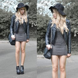 Sammi Jackson - Vessos Grey Glittery Dress, Jolly Chic Buckled Boots, Miss Selfridge Biker Jacket, Ebay Floppy Hat, Chanel Vintage Bag - GREY GLITTER