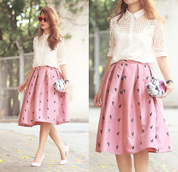 Mayo Wo - Romwe Cut Out Shirt, Choies Frog Print Midi Skirt, Sophia Webster Butterfly Heels - Those are lil frogs