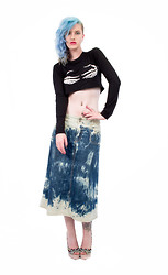 Romi Eff Ma'or - Agoraphobix True Missfit Skeleton Hand Print 90s Crop Top, Agoraphobix Http://Agoraphobix.Com/Collections/Upcycled Denim Skirts/Products/Acid Angel Tie Dyed Bleach Upcycled Denim Skirt With Woven Waist Line, Grease Cheveron - Acid post mortum