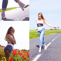 Ines - Zara Heels, Levi's® Jeans, Gone Top - Lost Highway