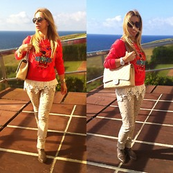 Zorione Arego - Chanel Bag, Kenzo Sweatshirt - Beige and red