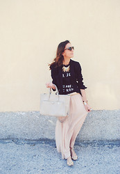 Selma -  - Casual Saturday Outfit