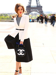 Yana Fisti - Chanel Bag, Zara Shoes, Asos Sunglasees, H&M Skirt, Tom Ford Blazer, Louis Vuitton Top - Paris