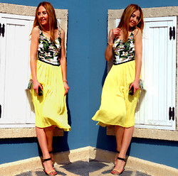 Coco Bolinho - Zara Skirt, İpekyol Heels, Milla By Trendyol Top, Vjstyle Transparent Clutch - A LIFE WITHOUT LOVE IS LIKE A YEAR WITHOUT SUMMER