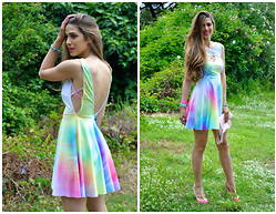 Fabrizia Spinelli - Romwe Dress - All the Colors of the Rainbow