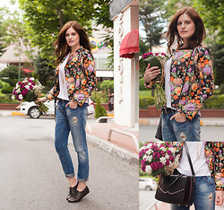 Viktoriya Sener - Tb Dress Floral Jacket, Zara Jeans, Braska Brogues, Hotic Bag - FLOWER PARTY