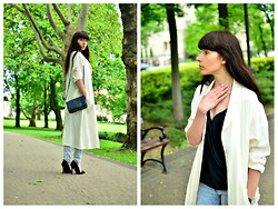 Sylwia K. - Frontrowshop White Coat, Romwe Top - I call it Magic