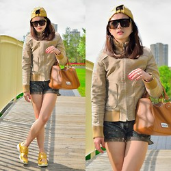 Pearl Yao - Levi's® Hat, Kenneth Cole Bag, Michael Kors Shoes - Here comes the sun