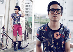 KIKO CAGAYAT - Choies Unisex Floral T Shirt, Guidommagi Paris Elevator Shoes - Norwegian Wood