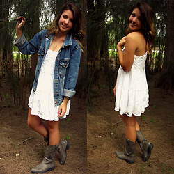 Bailey Chupein - Abercrombie & Fitch White Dress, American Eagle Jean Jacket, Steve Madden Cowboy Boots - Classic Country