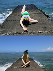 Honey Fay - Victoria's Secret Bikini, Kris Jane Headscarf, Topshop Top - Heaven on Earth - Hawaii. www.honeyfay.com