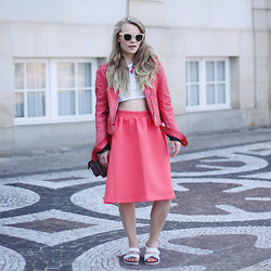 Stine Mo - Jofama Leather Jacket, Topshop Midi Skirt, Asos Sliders - Corals