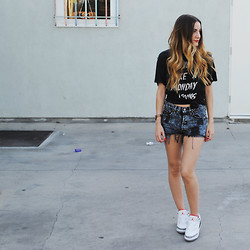 Frankie White - Unif Monday Morning Tee, Nike Air Jordan Retro 3 '88 - Monday Morning