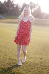 Lana Aleksandra -  - Red Summer dress. NOTHING extra