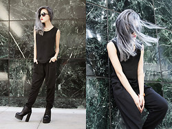 Eugénie Grey - J.Simple Black Tank, J.Simple Pleated Cotton Pants, J.Simple Gold Collar, J.Simple Gold Reptilian Scale Cuff, J.Simple Stackable Ring Set, La Moda Chunky Platform Boots - Mad City