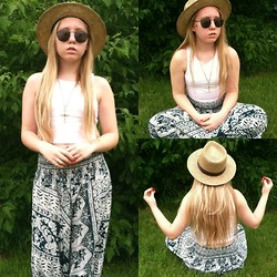 Haley Mae - H&M Crop Top, H&M Gold Rings, Target Black Sun Glasses - Peace and Serenity
