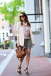 Virgit Canaz - Chic Wish Blazer, Mulberry Alexa Bag, Blackfive Blouse/ Skirt - A date with mulberry