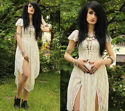 Tessa Diamondly - Spell Designs Lace Dress, Bershka Boots - Take me to the Evergreen.